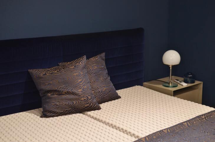 Panele ścienne tapicerowane łóżko