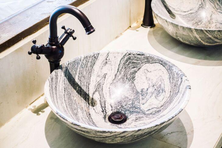 Bateria umywalkowa nablatowa