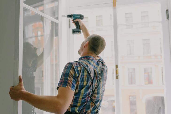 Montaż nawiewnika okiennego