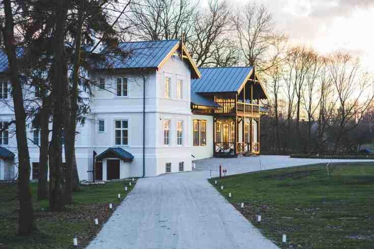 Projekty w domu w stylu rezydencji