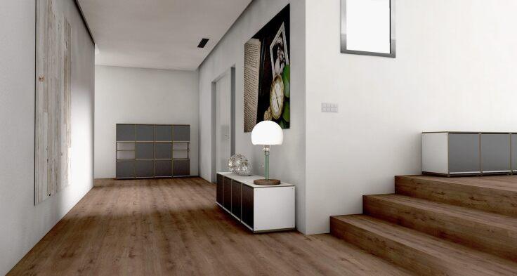 Jakie schody wybrać, schody drewniane czy betonowe - przedpokój z drewnianymi schodami