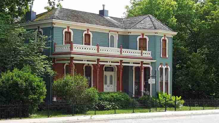 Projekty domów w stylu rezydencji