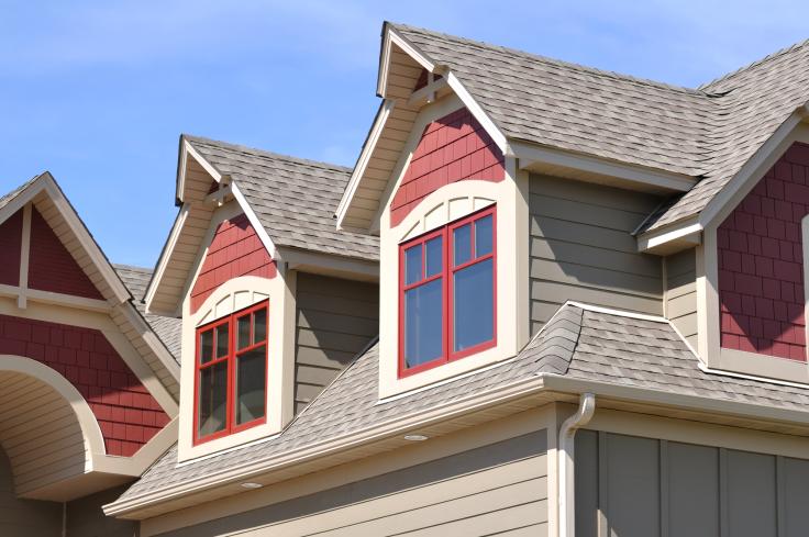Budowa dachu a dodatkowe elementy