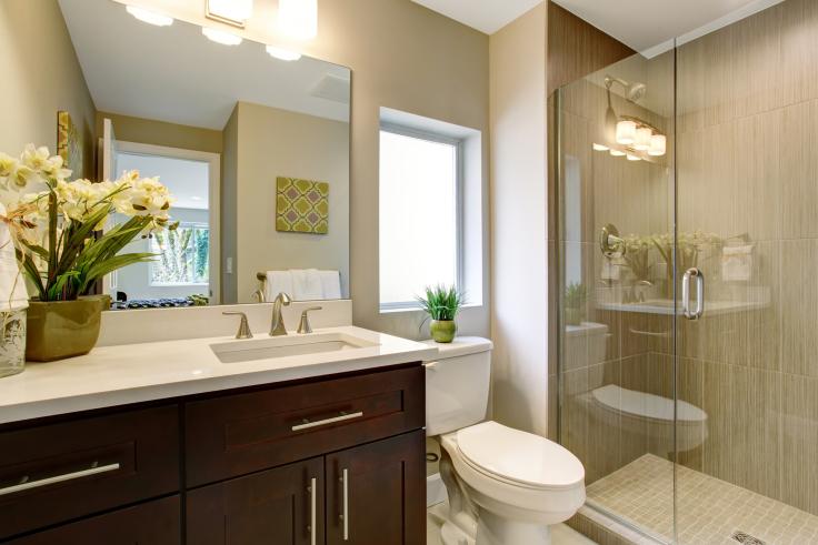 Szafki do łazienki z umywalką