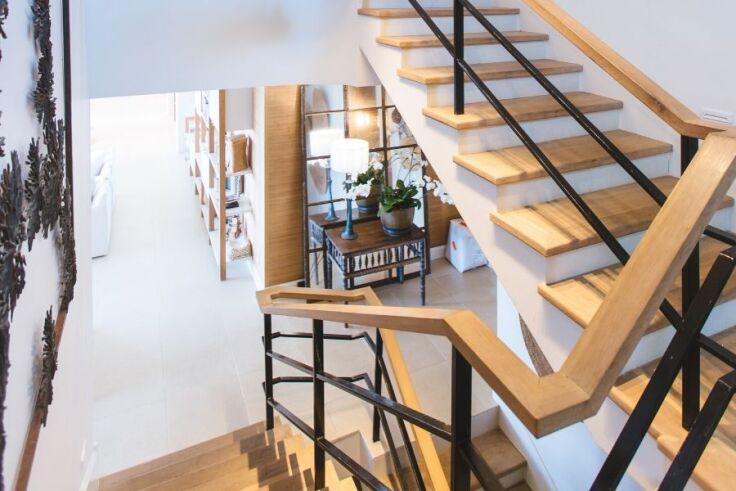 Czy schody mogą stanowić element dekoracyjny wnętrza?