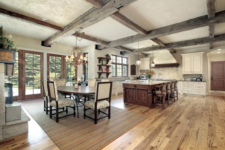 Belki drewniane w kuchni